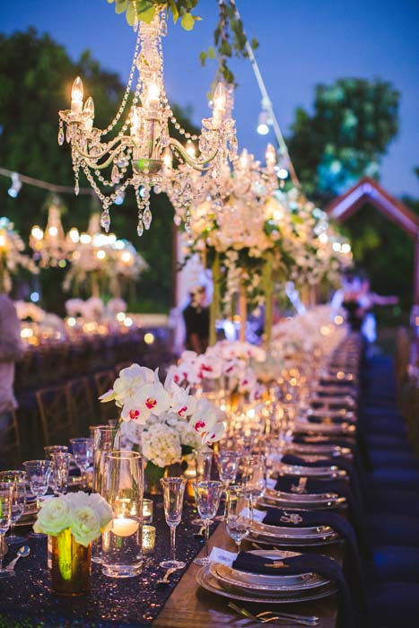 Picture of nighttime dining set for Sarah and Justice's cabo wedding. - Sarah and Justice wedding pic11