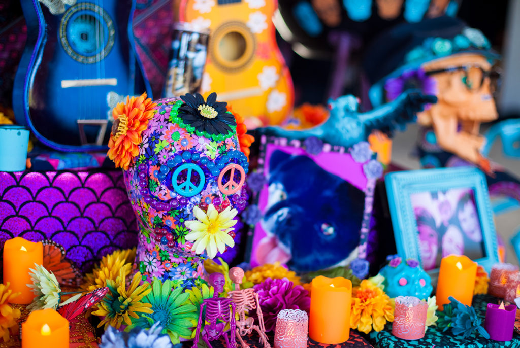Celebrate Day of the Dead during your wedding